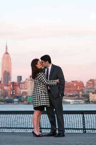 Top 10 things to do on a new york city romantic getaway for Ny weekend getaways for couples